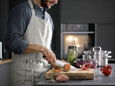 Cuchillos: una historia de amor para WMF