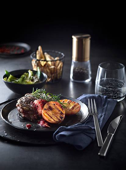 Beef fillet with grilled peach