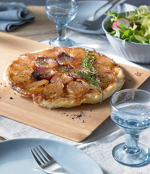 Caramelized onion tarte tatin