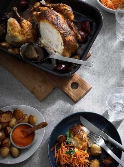 Ganzes gebratenes Hähnchen, Mojo Rosso und Knoblauch Kartoffeln