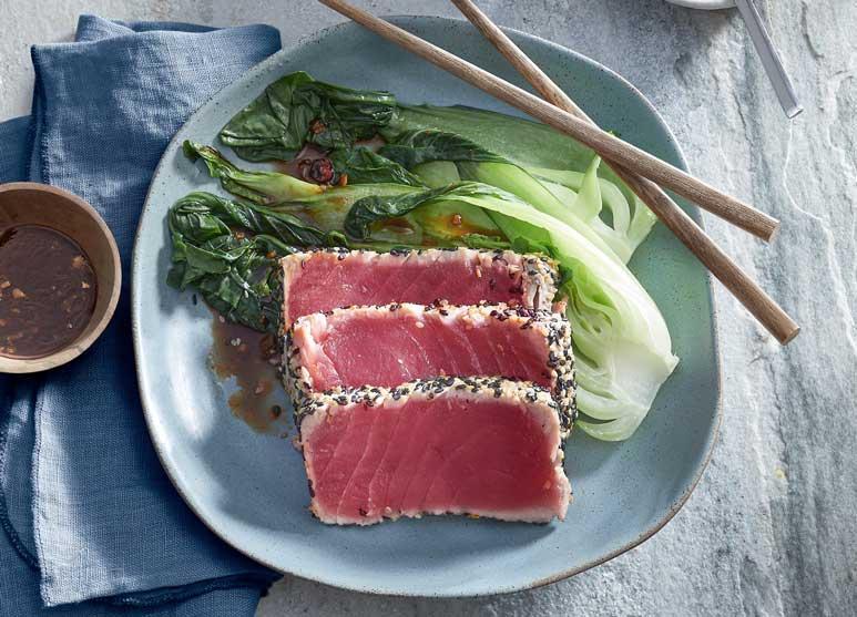 Thunfisch mit Pak Choi und Pilzen