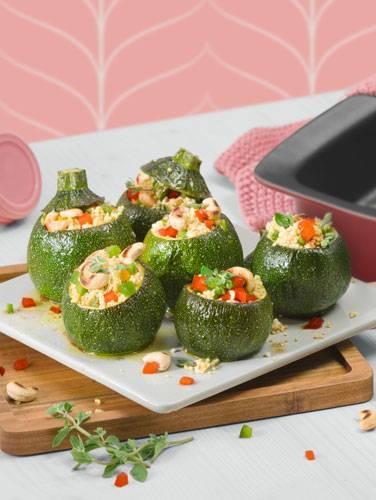 Zucchini mit Hirse-Paprika und Cashewkernen