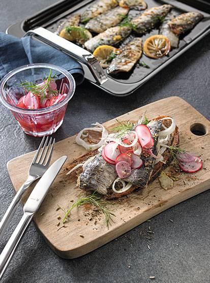 Crostini with marinated sardines