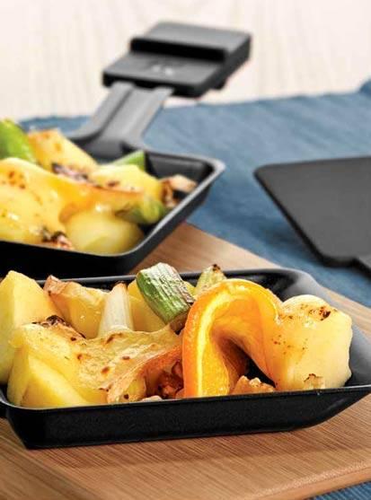 Raclette mit Honig und Äpfeln