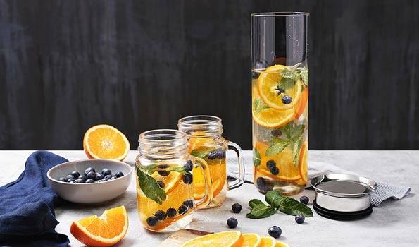 Blaubeer-Orangen-Wasser