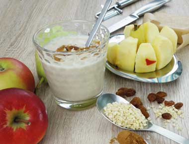 Apple Marzipan Smoothie